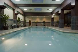 Cincinnati-Airport-Marriott-pool