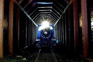 oncoming_train
